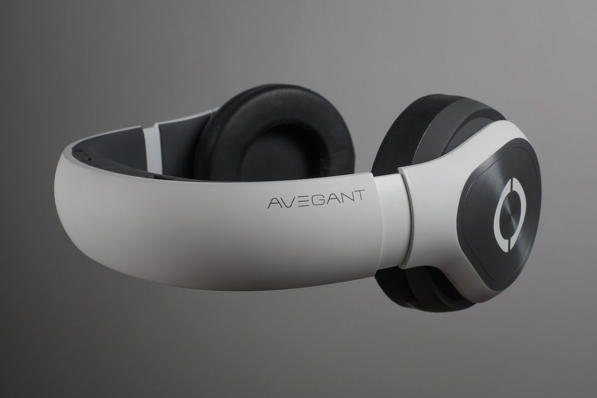 Hey, Frequent Flyers, Avegant Wants You to Watch Movies on This Thing