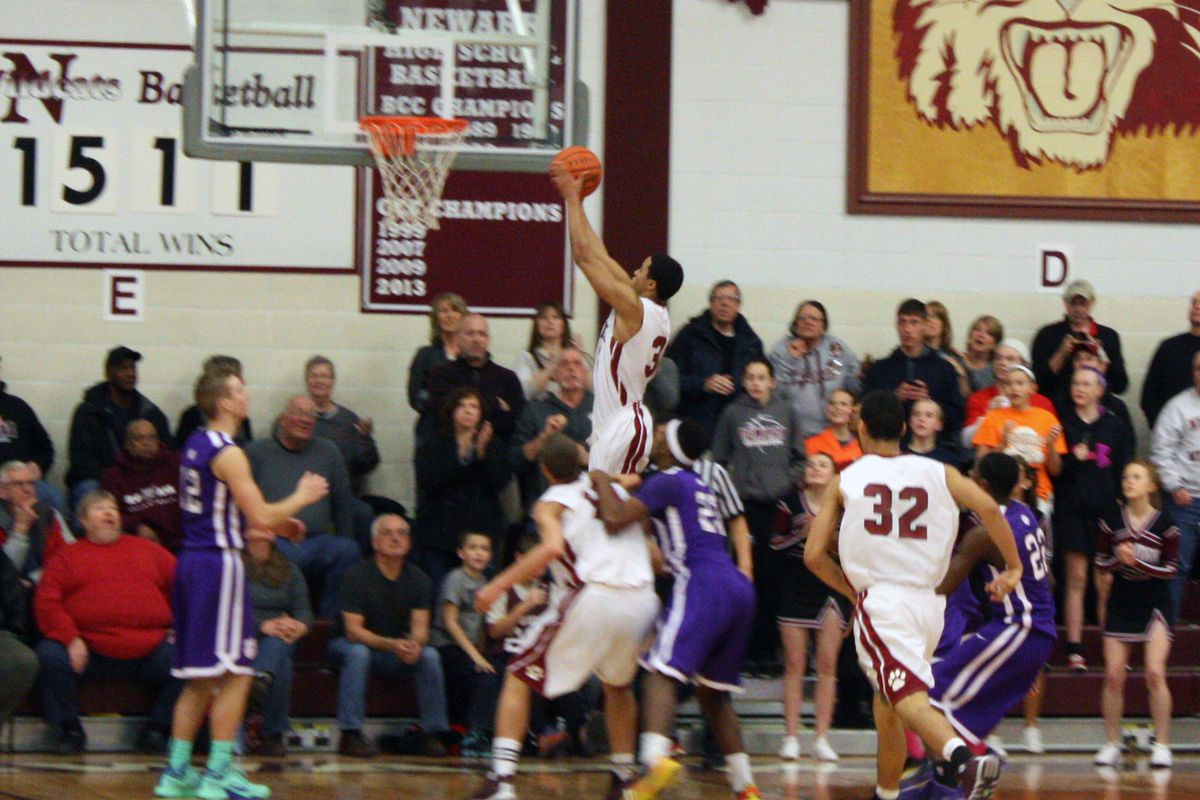 Jordan Dartis' 20 points were a Tuesday night-high in playoff action on Tuesday
