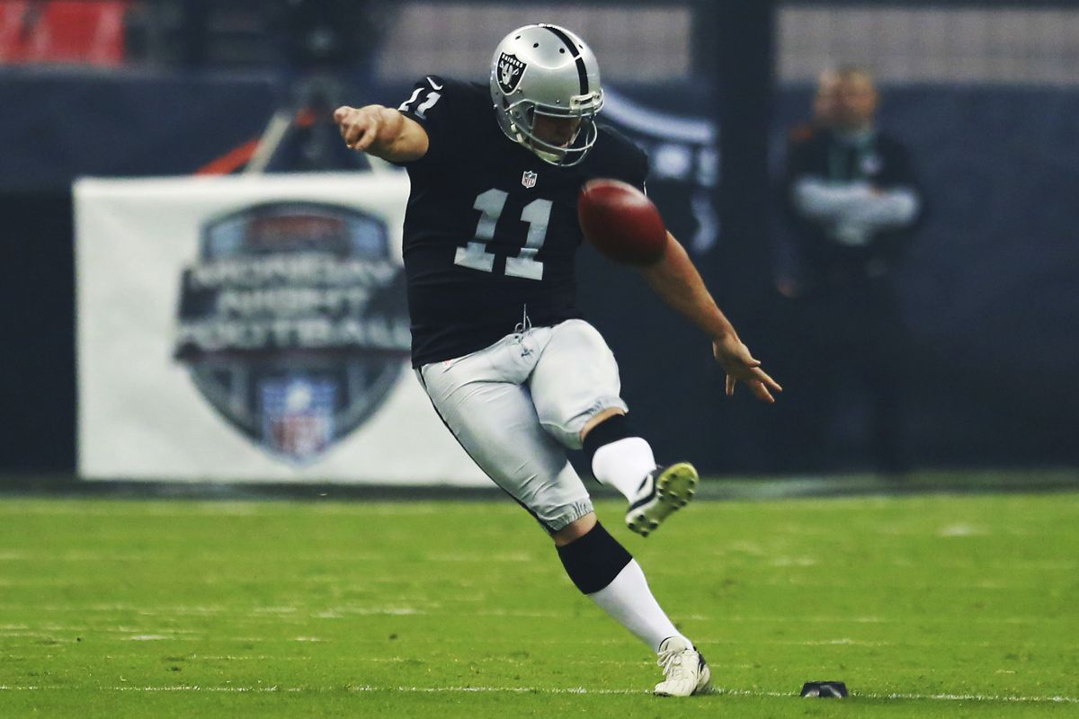 9d221023 Sebastian Janikowski leaving Raiders but not planning to retire from  football