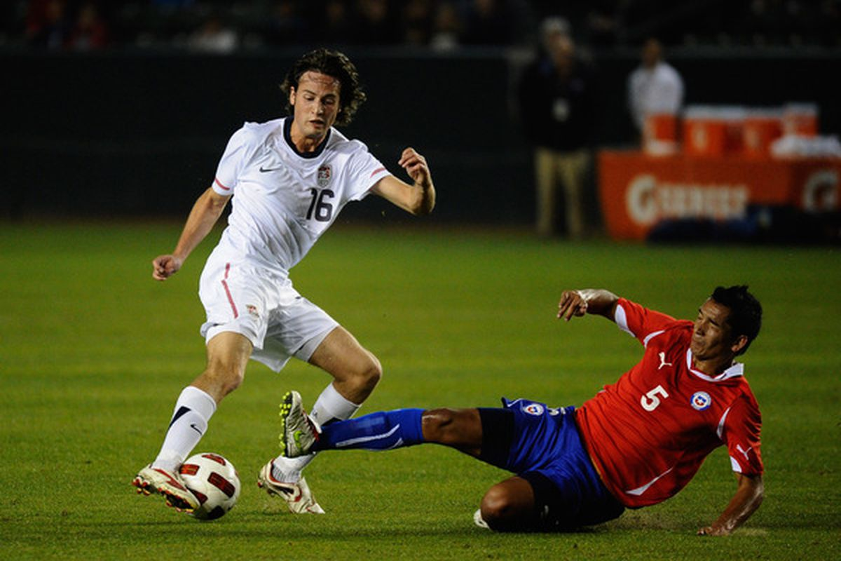 """Getty thinks this player's name is """"Diskerud Mixx"""".  Nice work."""