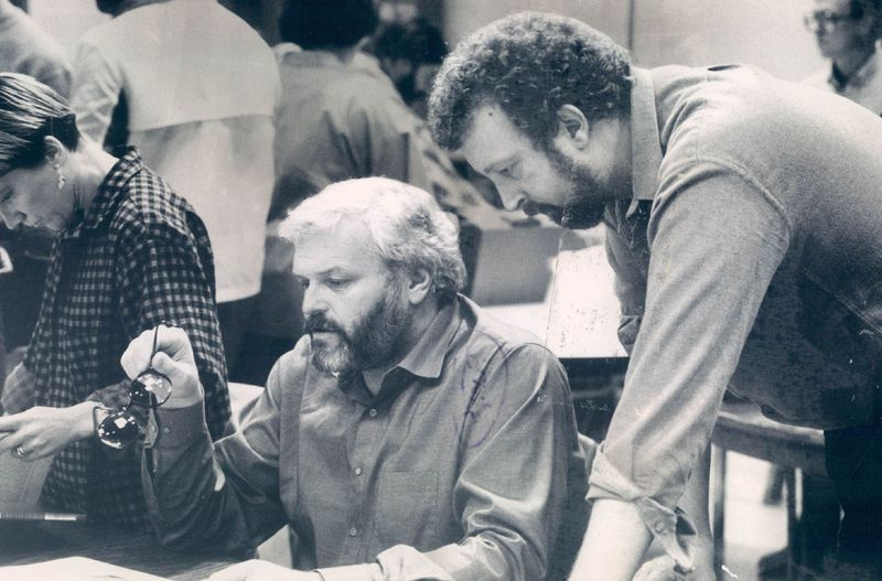 """In early script-reading sessions for Bertolt Brecht's """"Galileo"""" in 1986, Brian Dennehy (left) and director Robert Falls discuss the actor's approach to the role."""