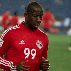 FOXBOROUGH, MA - APRIL 20: New York Red Bulls forward Bradley Wright-Phillips #99 warms up in the rain prior to the game at Gillette Stadium on April 20, 2019 in Foxborough, Massachusetts. (Photo by J. Alexander Dolan - The Bent Musket)