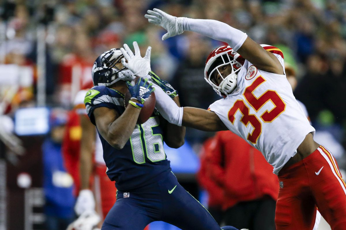 The Drive A Look At Russell Wilson S Otherworldly Throw To