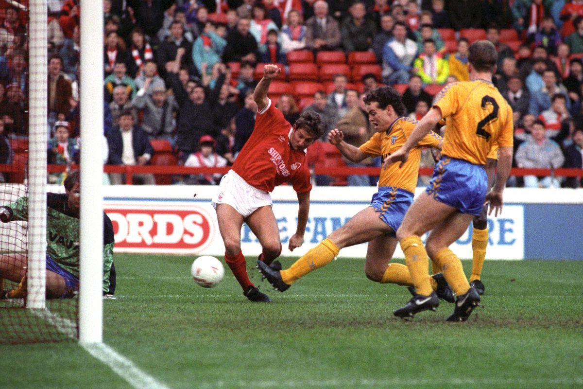 Soccer - Barclays League Division One - Nottingham Forest v Sunderland - City Ground