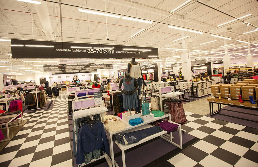 eb50339fefc FINALLY  Opening Day at the Fashion Outlets of Chicago - Racked Chicago