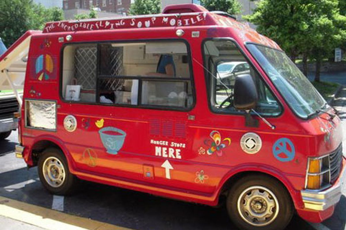 "Souper Jenny's Incredible Flying Soup Mobile. Photo courtesy of <a href=""http://www.duchessfare.com/2011/04/atlanta-friends-street-food-thursdays.html"">Duchess Fare</a>."