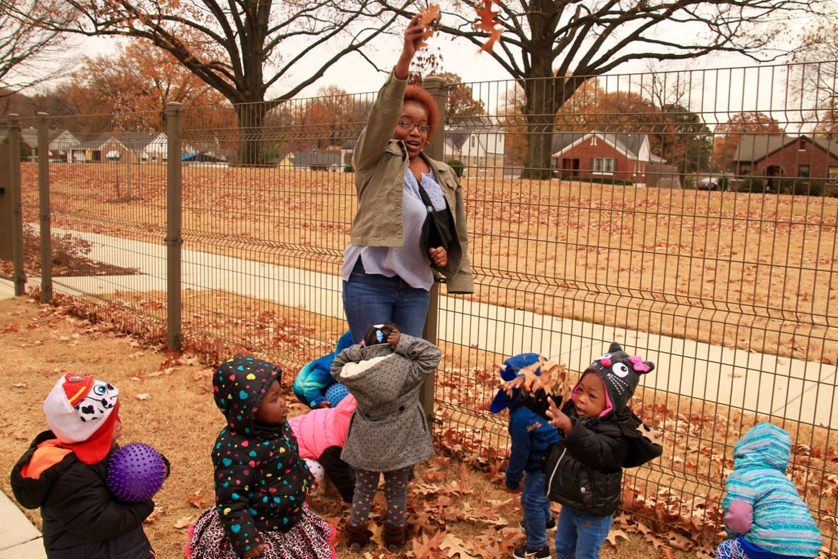 Trudie Owens, a lead teacher at Porter-Leath in Memphis, says incorporating literacy into every lesson is key, including lessons about fall leaves.