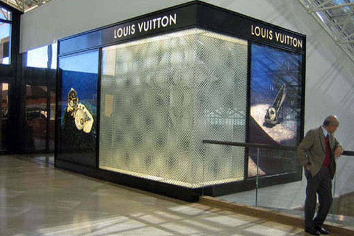 """The uber-exclusive, members-only club. Inside, Marc Jacobs bakes cookies and Kanye West serves punch. (We wish!) Image via <a href=""""http://stylebinge.freedomblogging.com/2009/12/30/louis-vuitton-completes-expansion/14833/"""">OC Register</a>"""