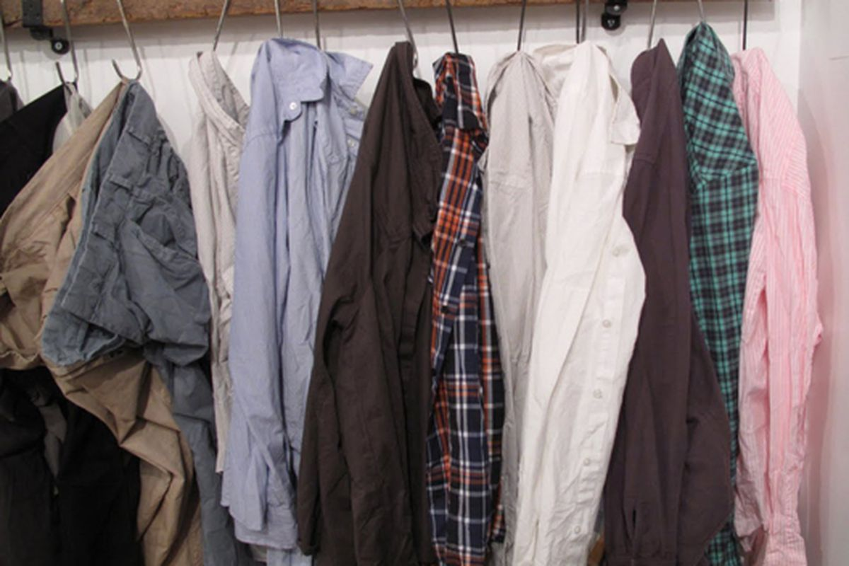 """Image via <a href=""""http://www.thechoosybeggar.com/2010/03/at-blessed-save-khaki-sample-sale.html"""">TCB</a>"""