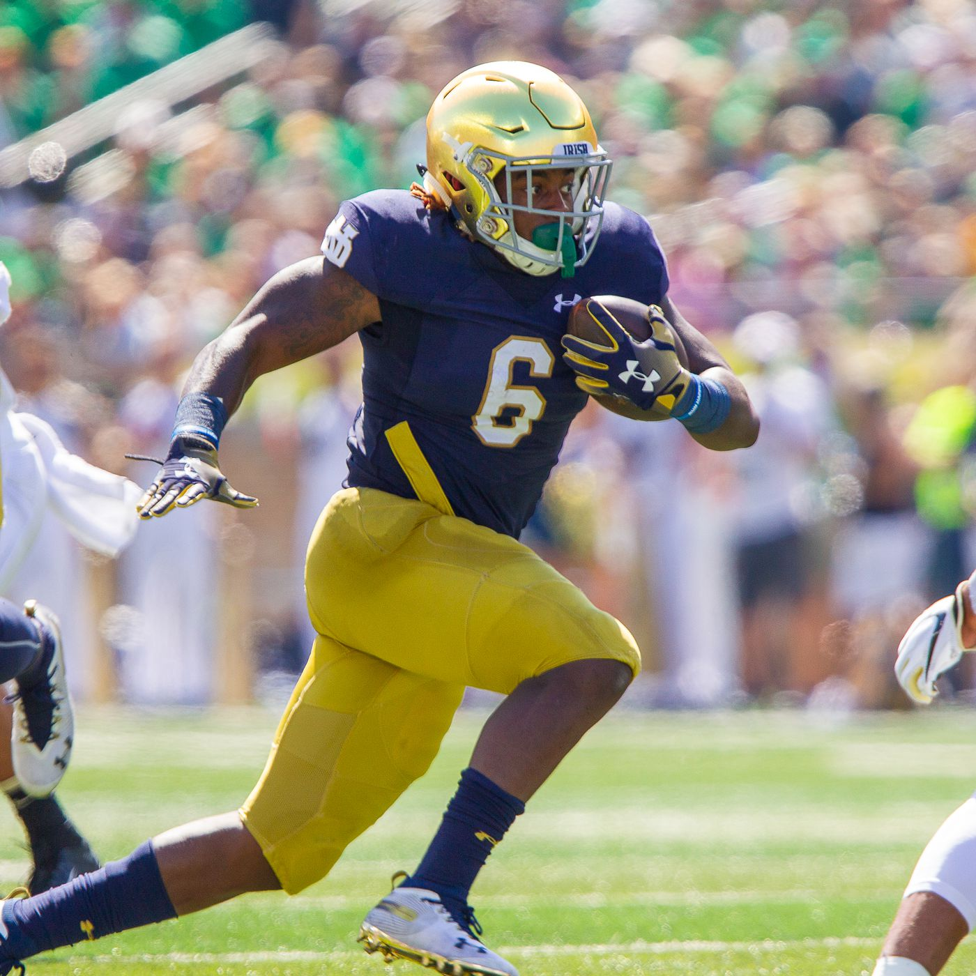 This Guy Plays Notre Dame Football 6 Tony Jones Jr Running Back One Foot Down