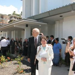 Elder L. Tom Perry and his wife, Barbara, leave the Papeete Tahiti Temple grounds after rededicating the temple Sunday, Nov. 12, 2006.