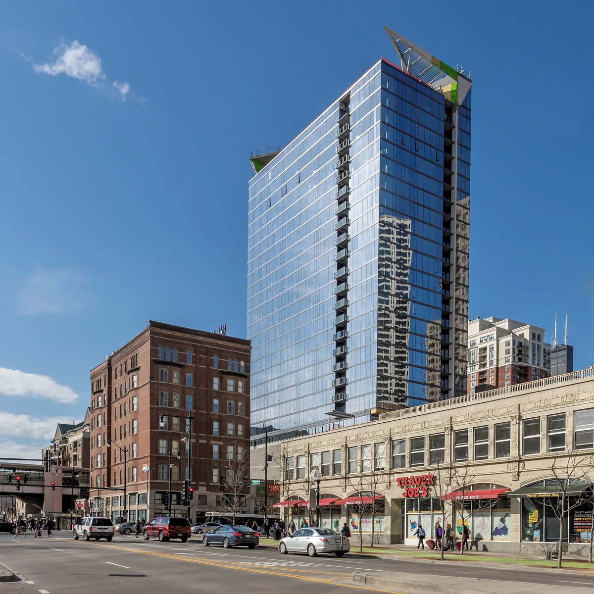 South Loop's New Eleven40 Apartments Open For Business