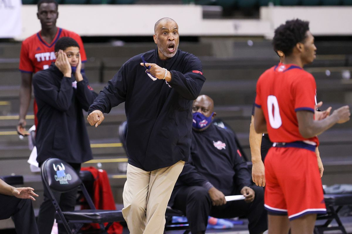 COLLEGE BASKETBALL: FEB 12 Detroit-Mercy at Cleveland State