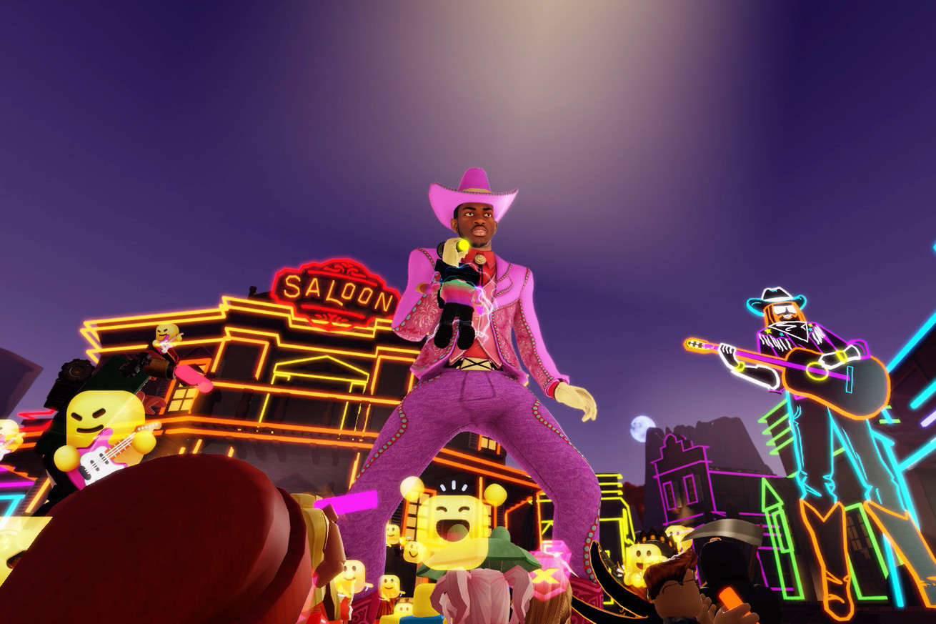 Lil Nas X performing 'Old Town Road' inside Roblox