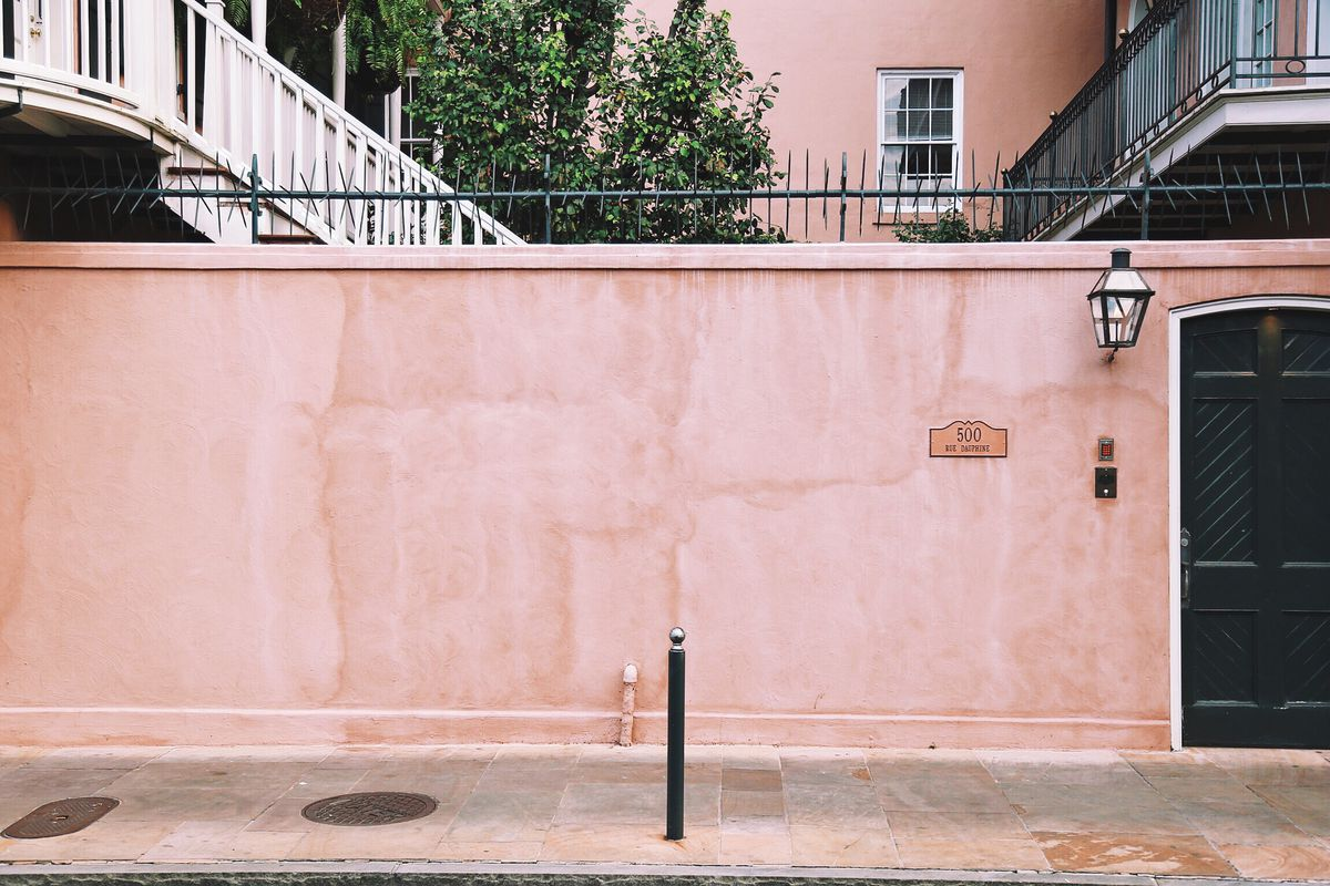 A salmon pink wall in New Orleans.