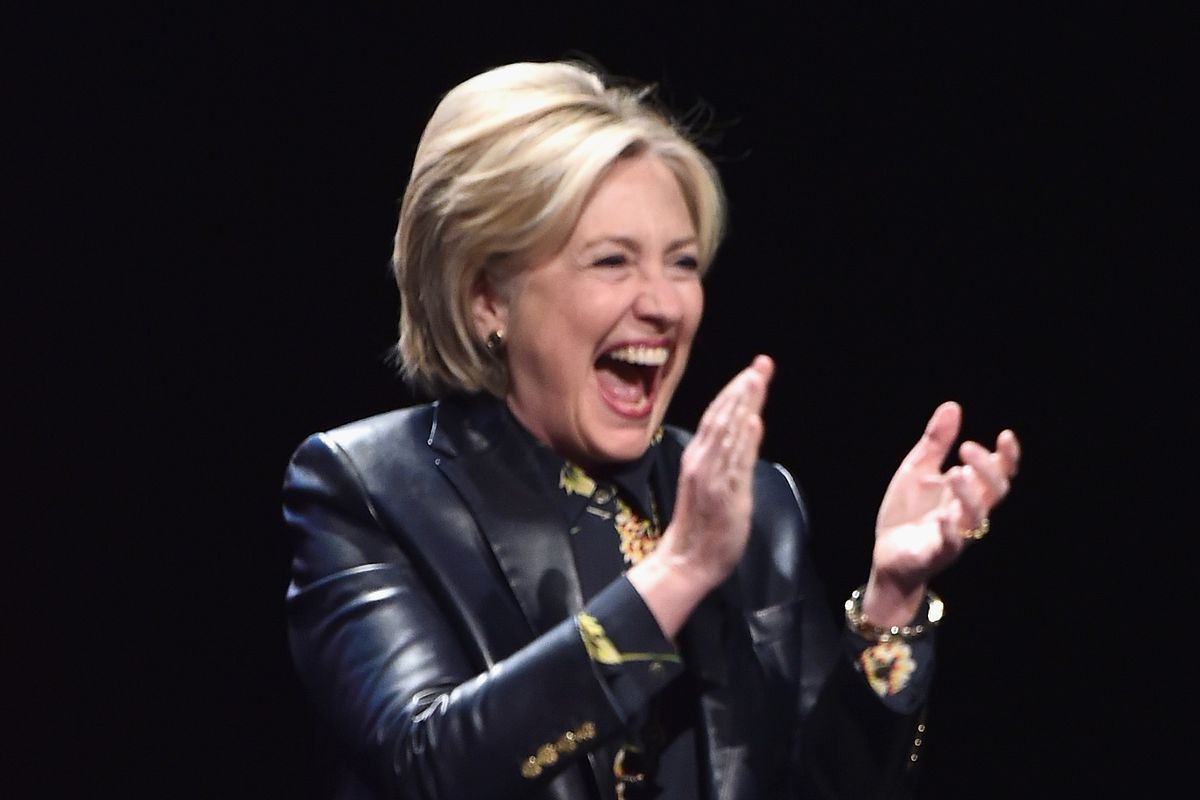 hillary clinton got a standing ovation while dining at upland eater ny