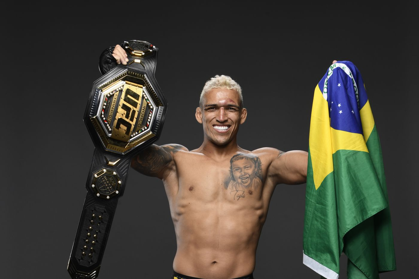 Charles Oliveira vs Dustin Poirier title fight planned for December