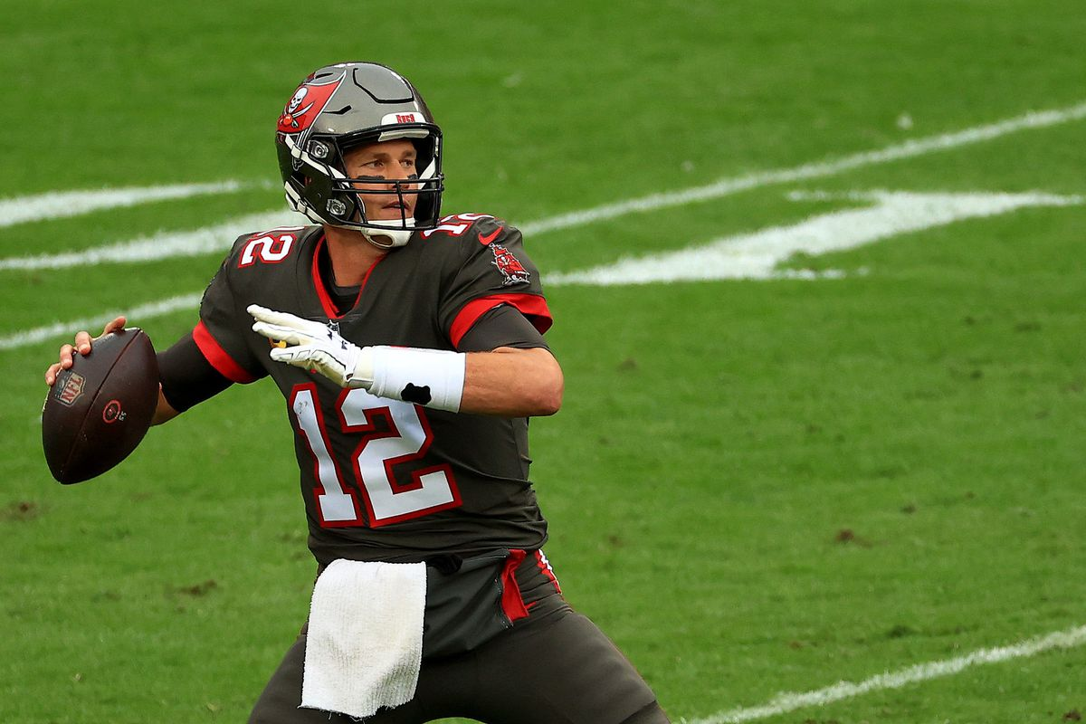 Tom Brady #12 of the Tampa Bay Buccaneers passes during a game against the Atlanta Falcons at Raymond James Stadium on January 03, 2021 in Tampa, Florida.