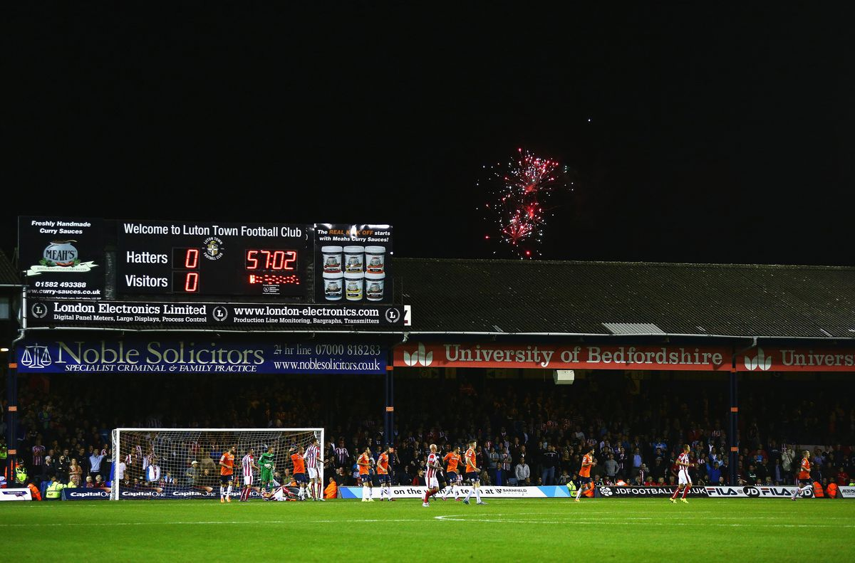 Luton Town v Stoke City - Capital One Cup Second Round