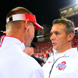 Gary Andersen and Urban Meyer share a moment post game.