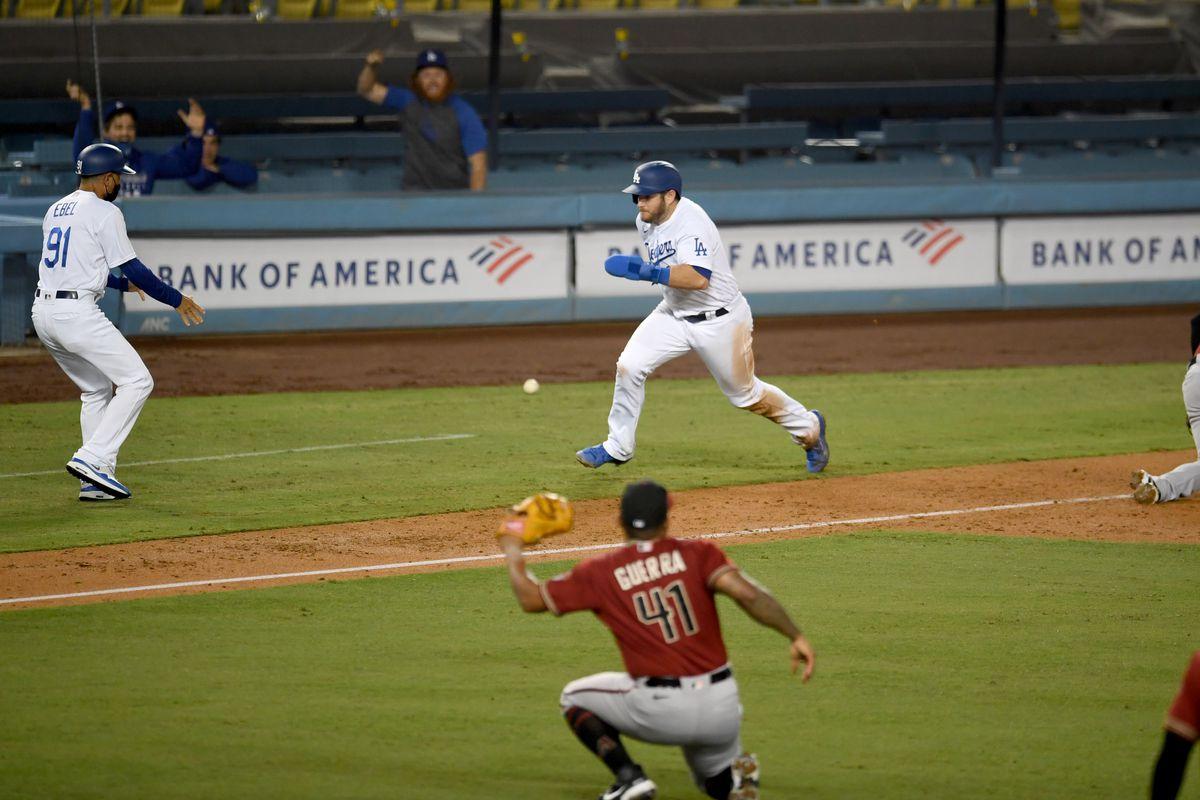Los Angeles Dodgers defeat the Arizona Diamondbacks in 10 innings.