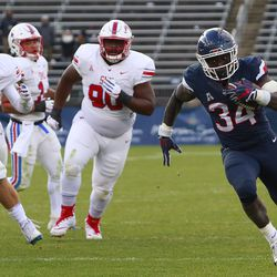 The SMU Mustangs take on the UConn Huskies in a college football game at Pratt & Whitney Stadium at Rentschler Field in East Hartford, CT on September 15, 2018.