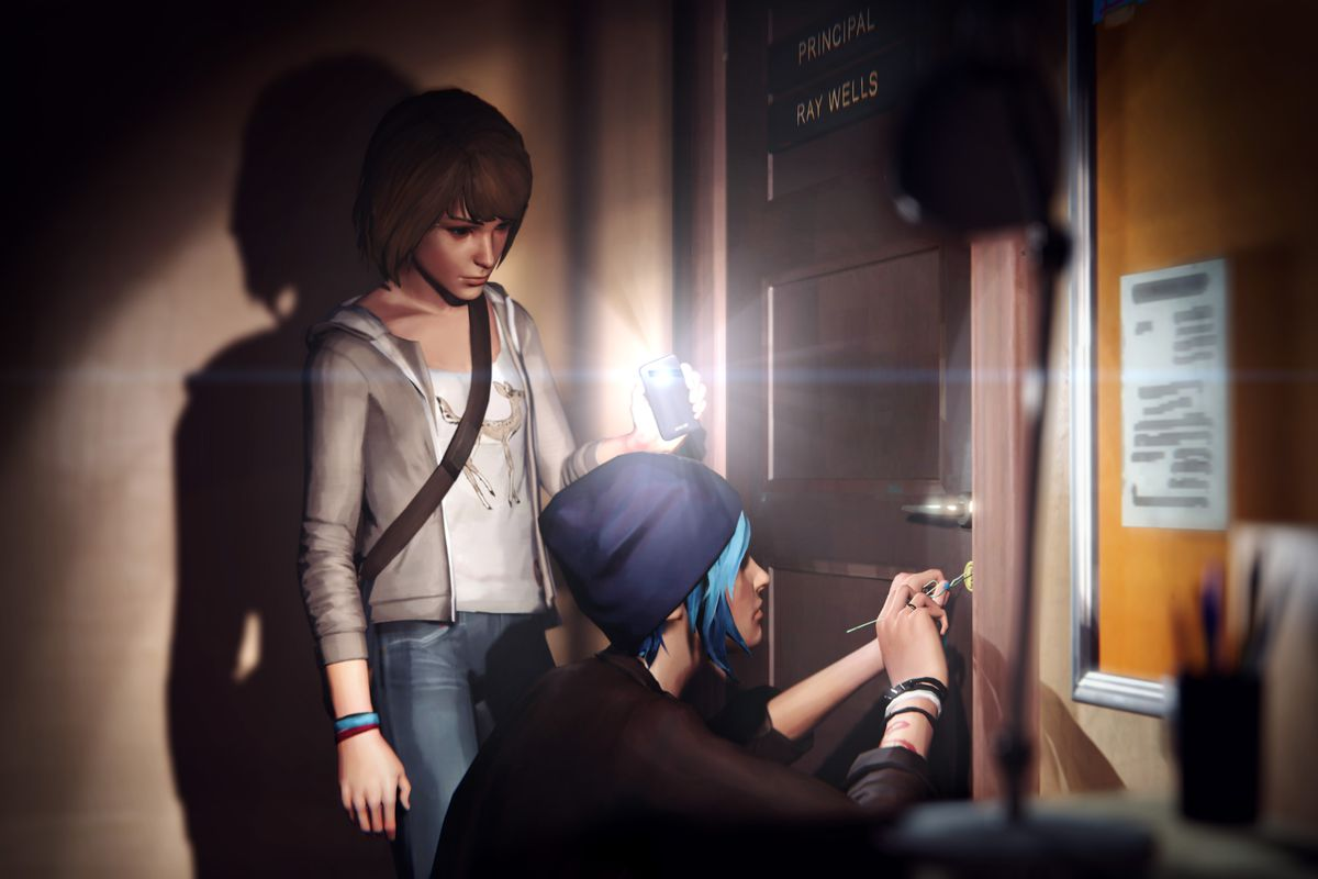 Life is Strange — Chloe and Max break into principal's office
