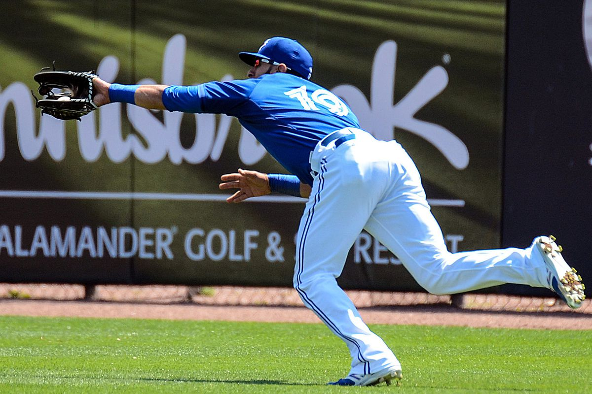 A nice diving catch by Jose Bautista in the 3rd inning.