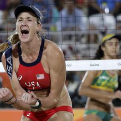 United States' Kerri Walsh Jennings reacts while playing Brazil during the women's beach volleyball bronze medal match of the 2016 Summer Olympics in Rio de Janeiro, Brazil, Wednesday, Aug. 17, 2016. (AP Photo/Marcio Jose Sanchez)
