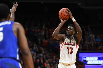 280716cb9 Deandre Ayton in the NCAA Tournament First Round