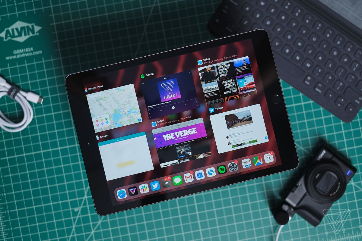 The Best Cyber Monday Tablet Deal Is Without A Doubt The Latest Ipad The Verge