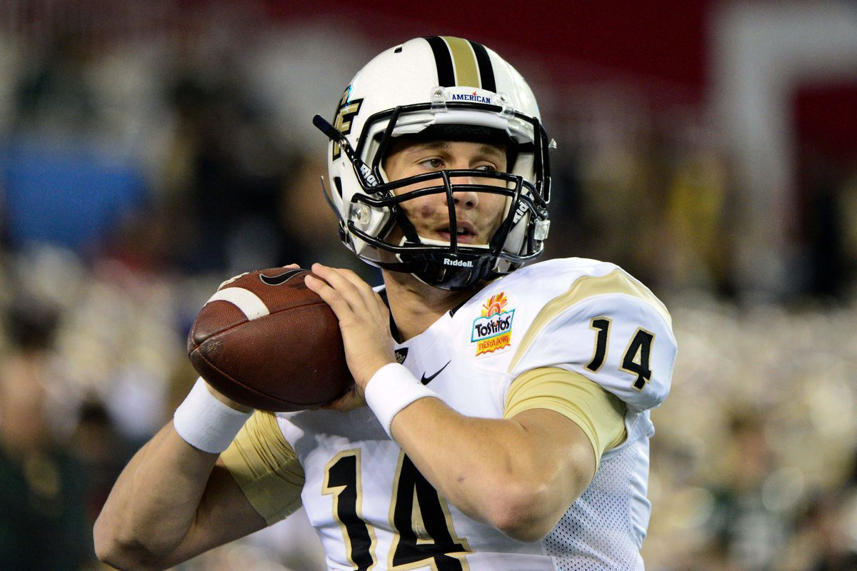 DiNovo warms up during the Fiesta Bowl