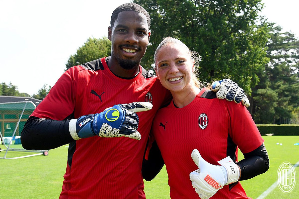 Official: AC Milan Host A Joint Training Sessions Between The ...