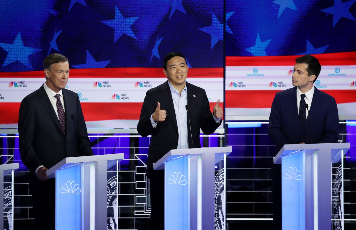 Democratic Debate June 2019 How Candidates Used Clothes