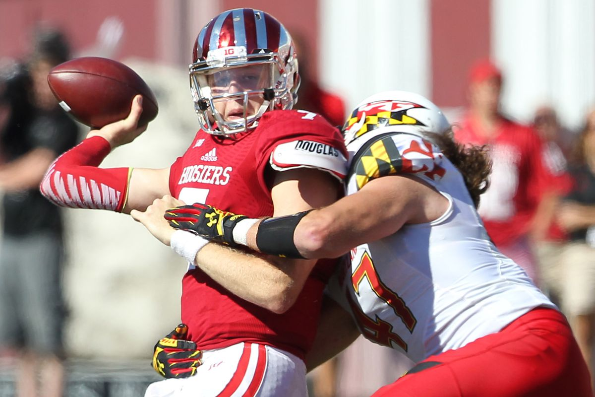 Cole Farrand pressures the quarterback vs. Indiana during a game in 2014.