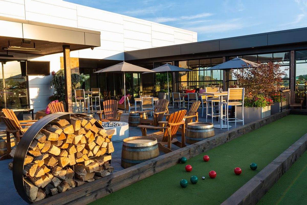 Pinstripes Will Open In Houston With Pizza Bocce And
