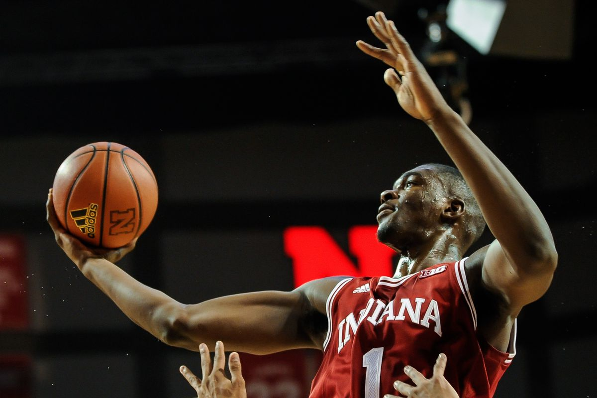 That... that's a regulation size ball in Noah Vonleh's hand there.  Jeepers.