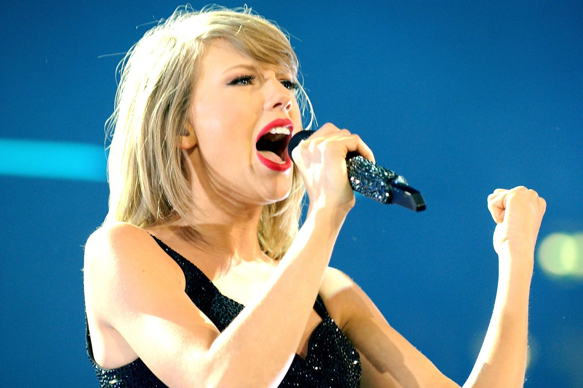 Taylor Swift wrote Apple Music letter at 4AM: 'I read it to my mom