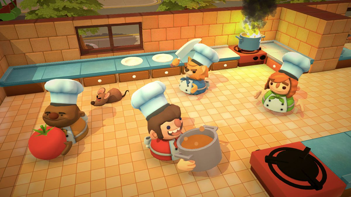 Overcooked 2 - four cooks in the kitchen
