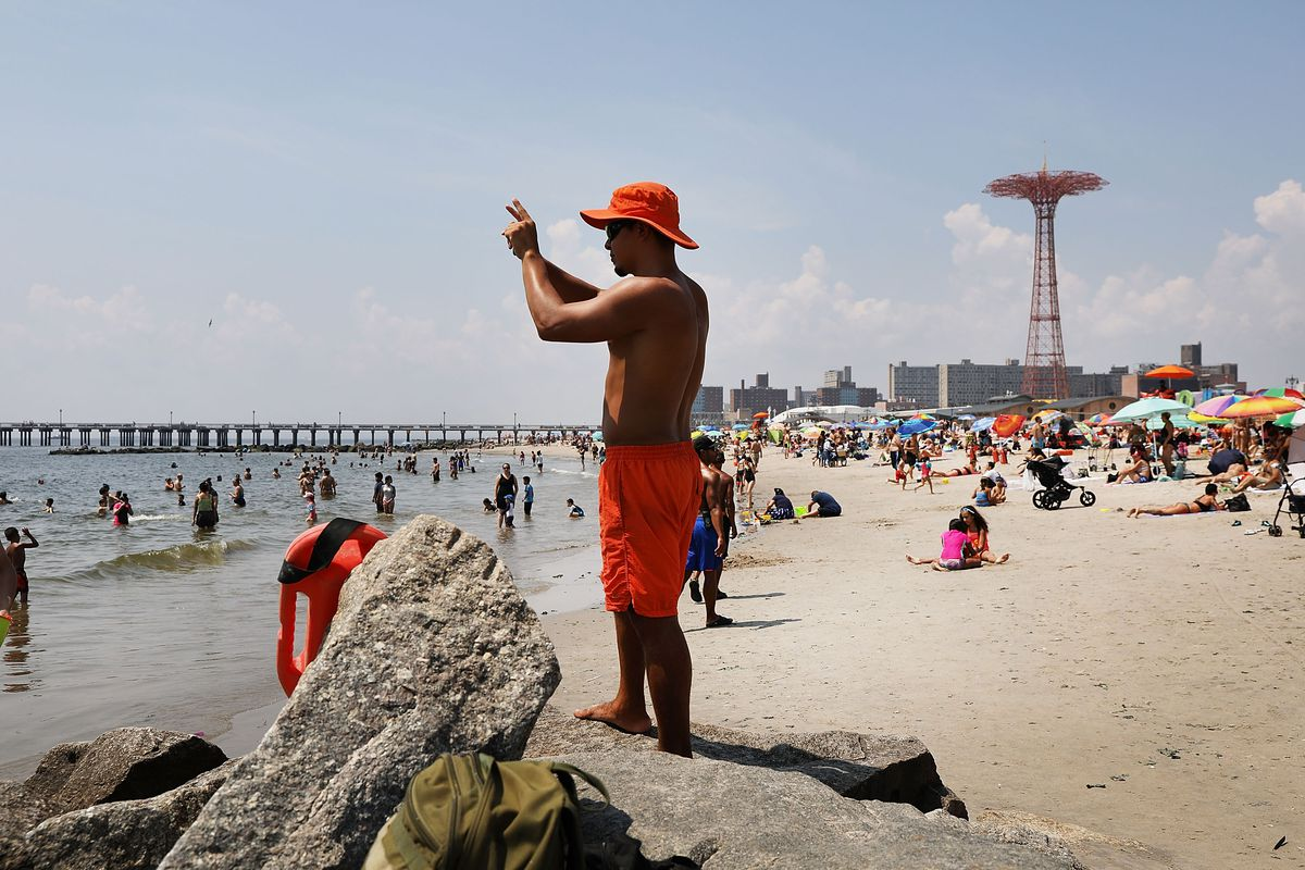 Heat Advisory Issued In New York City As Hot And Humid Weather Continues