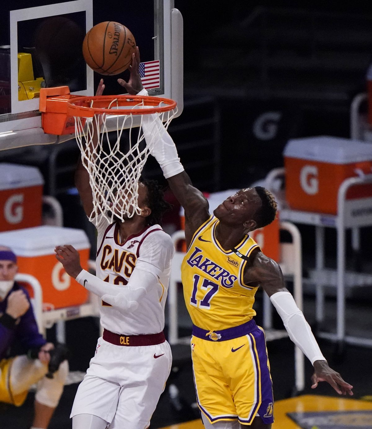 Los Angeles Lakers defeat the Cleveland Cavaliers 100-86 during an NBA basketball game.