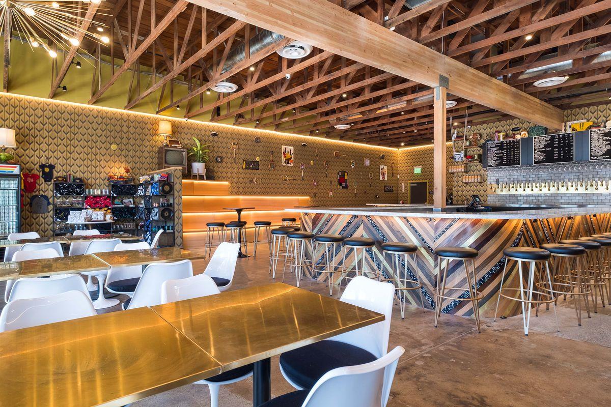 modern times beer plants new eatery in encinitas eater san diego