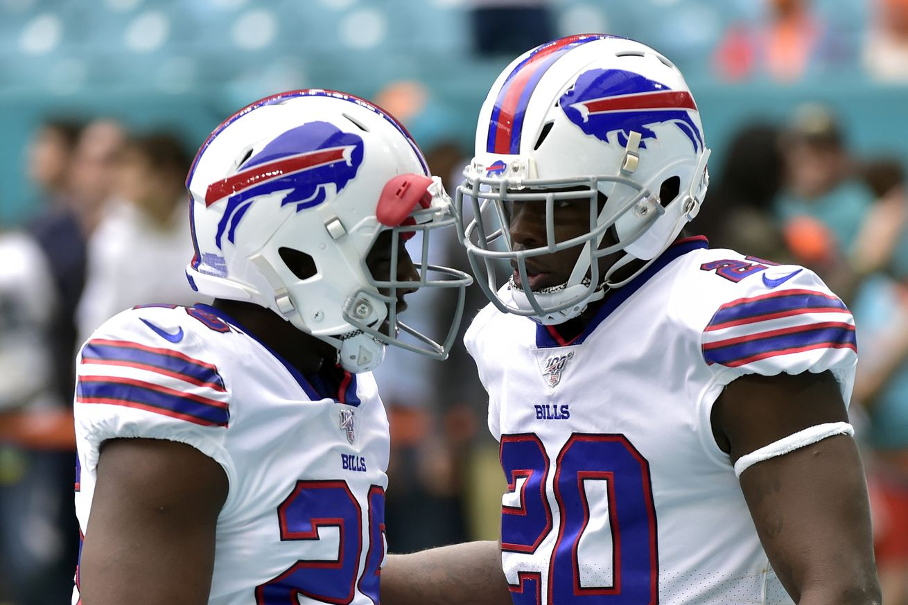 Opinion: Frank Gore brings more to the Buffalo Bills than 3.6 yards per carry