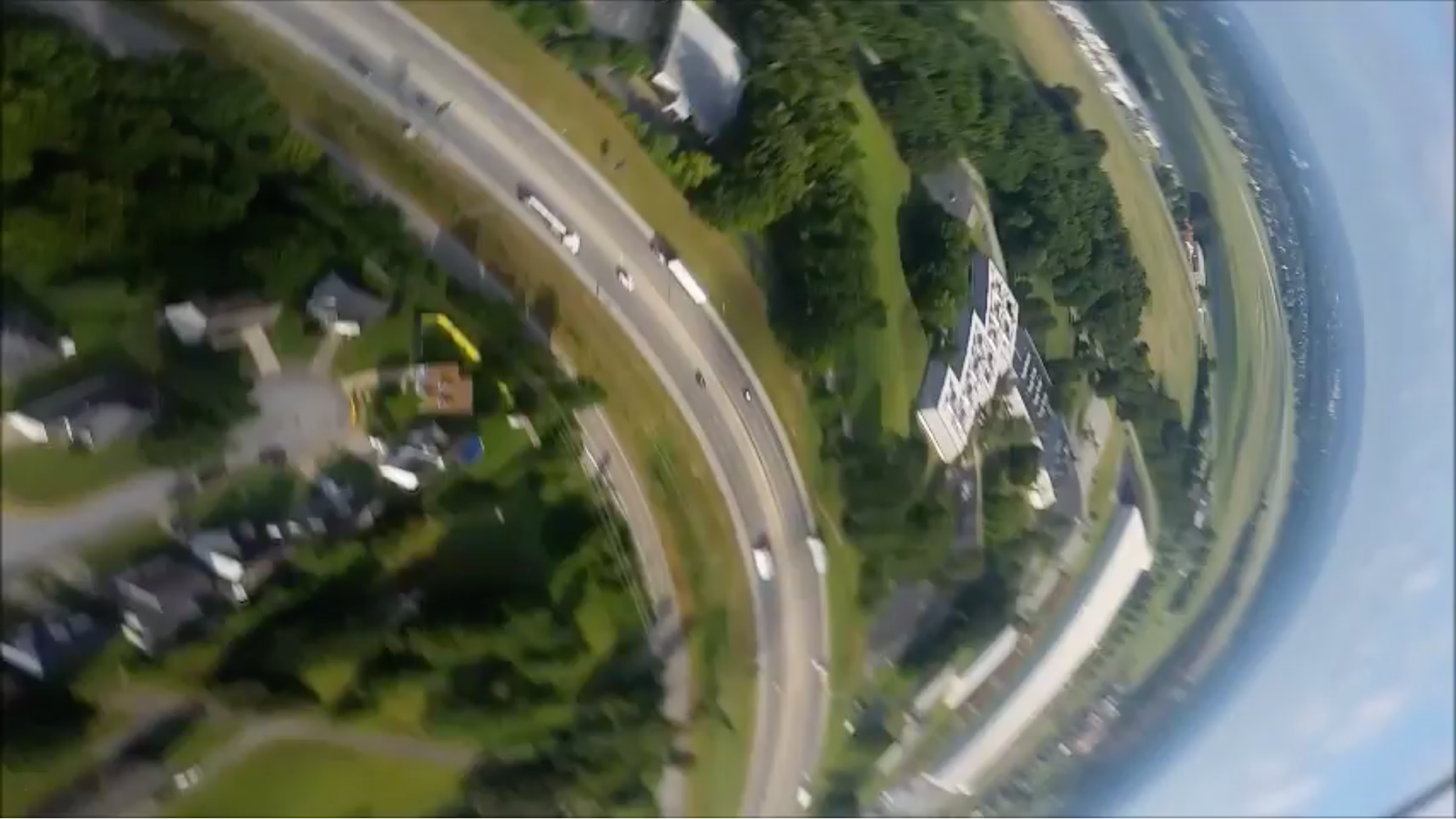 Here's What a Phone Sees When it Falls from a Plane and Survives
