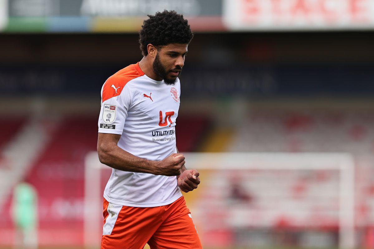 Lincoln City v Blackpool - Sky Bet League One