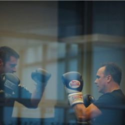 """Jean-Georges Vongerichten boxing with Hugh Jackman. (<a href=""""http://ny.eater.com/archives/2010/09/this_is_jeangeorges_vongerichten_boxing_with_hugh_jackman.php"""" rel=""""nofollow"""">photo</a>)"""