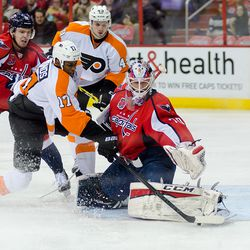Holtby Stops Simmonds