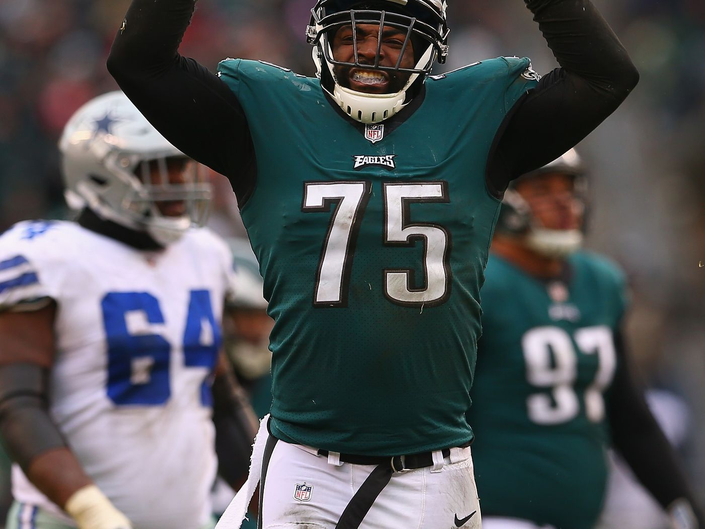 a43fcbac801 7 thoughts on the Eagles re-signing Vinny Curry - Bleeding Green Nation