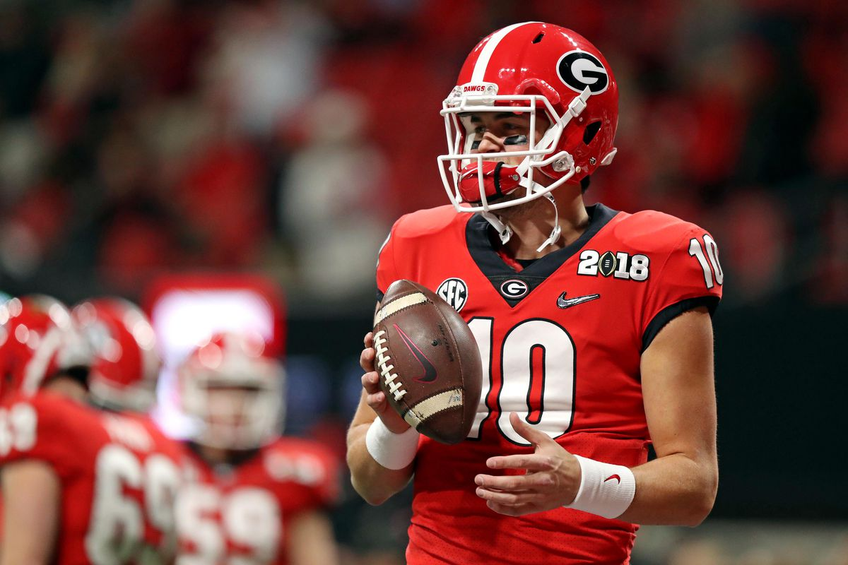 Georgia QB Eason reportedly weighing transfer to Washington