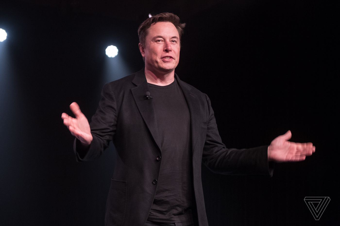 Tesla CEO Elon Musk says his Twitter DMs are mostly for swapping memes -  The Verge